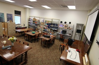 ilibrarian librarians guide makerspaces